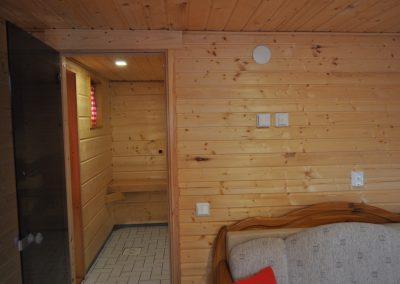 SaunamökkiPukuhuone3